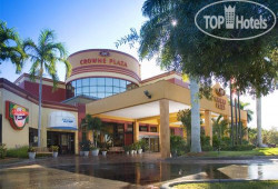 Crowne Plaza Fort Myers at Bell Tower Shops 4*