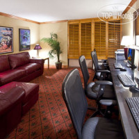 Фото отеля Crowne Plaza Fort Myers at Bell Tower Shops 4*