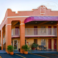 Фото отеля Super 8 Bradenton Sarasota Area 2*
