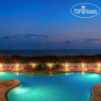 Фото отеля Sunset Vistas Beachfront Suites 3*