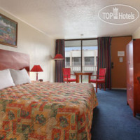 Фото отеля Days Inn & Suites Clermont 2*