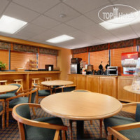 Фото отеля Days Inn & Suites Davenport 3*
