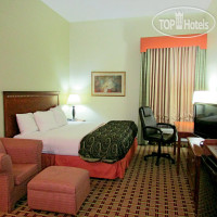 Фото отеля La Quinta Inn & Suites St. Petersburg Northeast 3*