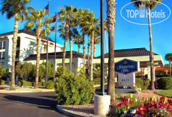 Hampton Inn Tucson-Airport 3*