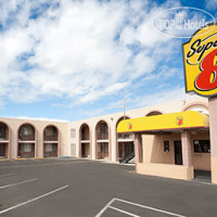 Фото отеля Super 8 Tucson / East / D.M.A.F. Area 2*