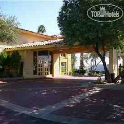 La Quinta Inn Phoenix Thomas Road 2*