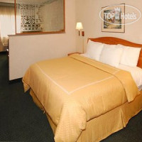 Фото отеля Comfort Suites at Metro Center 4*