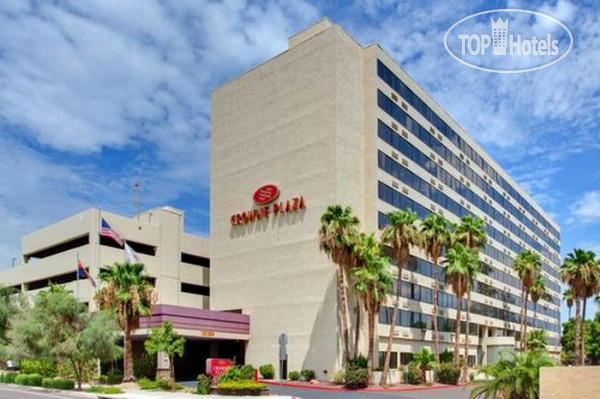 Crowne Plaza Phoenix Airport 3*