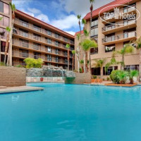 Фото отеля Holiday Inn & Suites Phoenix Mesa Chandler 3*
