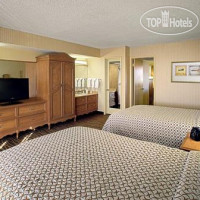 Фото отеля Embassy Suites Phoenix Airport at 24th Street 3*