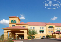La Quinta Inn & Suites Phoenix I-10 West 2*
