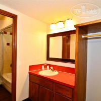 Фото отеля Americas Best Value Inn St. Helen 2*