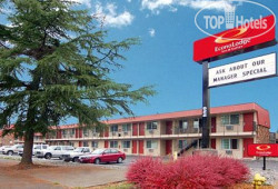 Econo Lodge Inn & Suites Hillsboro 2*