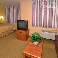 Фото отеля Mainstay Suites Milwaukee Airport 2*