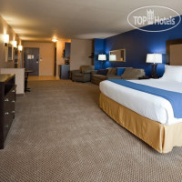 Фото отеля Holiday Inn Express Hotel & Suites Eau Claire North 2*