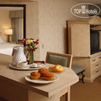 Фото отеля Radisson Hotel Racine Harbourwalk 4*