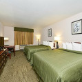 ���� ����� Quality Inn & Suites Stoughton 2*