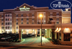 Holiday Inn & Suites La Crosse 3*