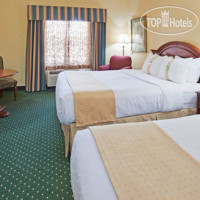 Фото отеля Holiday Inn & Suites La Crosse 3*