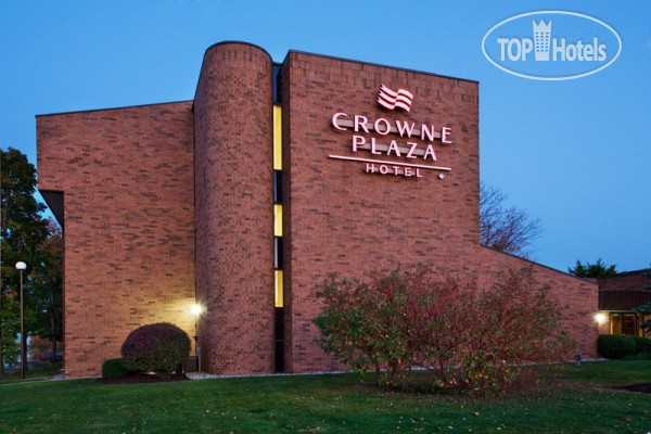 Crowne Plaza Grand Rapids - Airport 3*