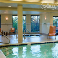 Фото отеля Courtyard Traverse City 3*