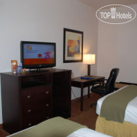 Фото отеля Holiday Inn Express Hotel & Suites Fenton 2*