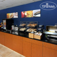 Фото отеля Fairfield Inn East Lansing 2*