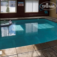 Фото отеля Red Roof Inn & Suites Muskegon Heights 2*