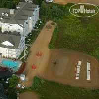 Фото отеля Cherry Tree Inn & Suites 3*
