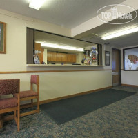 Фото отеля Americas Best Value Inn Ironwood (ex.Super 8 Ironwood) 2*