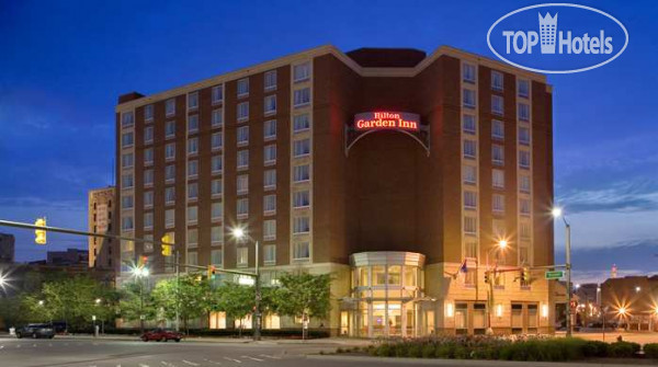 Hilton Garden Inn Detroit Downtown 3*