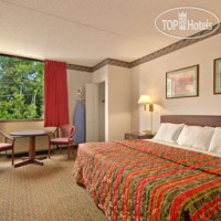 Фото отеля Days Inn Chambersburg 2*