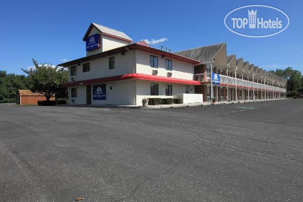 Americas Best Value Inn-Carlisle 2*