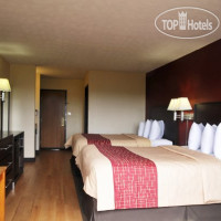 Фото отеля Red Roof Inn & Suites Hermitage 2*
