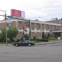 Фото отеля Red Carpet Inn and Suites Scranton 2*
