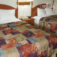 Фото отеля Red Carpet Inn Ronks 2*