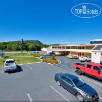 Фото отеля Americas Best Value Inn-Harrisburg 2*