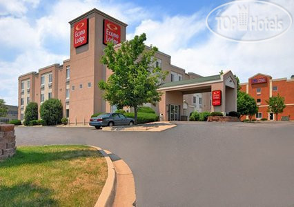Econo Lodge North Academy 2*