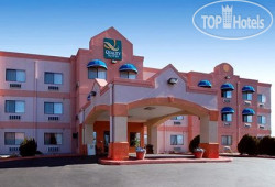 Quality Suites Albuquerque 3*
