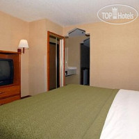 Фото отеля Quality Suites Albuquerque 3*
