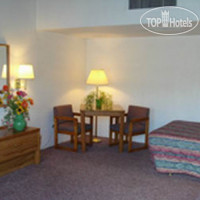 Фото отеля Americas Best Value Lamplighter Inn 2*