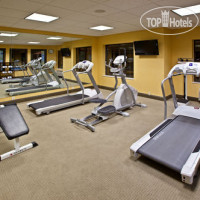 Фото отеля Holiday Inn Express Hotel & Suites Indianapolis - East 2*