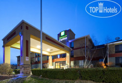 Holiday Inn Express Cincinnati-Lawrenceburg 2*