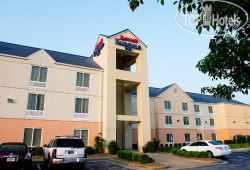 Fairfield Inn Evansville East 2*