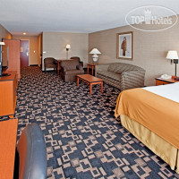 Фото отеля Holiday Inn Express Hotel & Suites Greenwood 2*