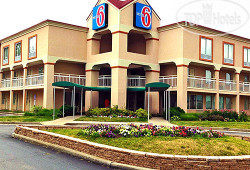 Motel 6 Indianapolis North East 3*