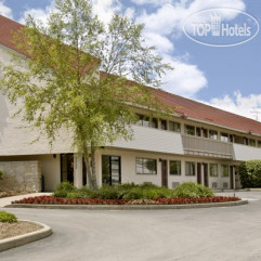 Red Roof Inn Indianapolis North-College Park 2*