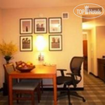 Фото отеля Embassy Suites Chicago Downtown Lakefront 4*