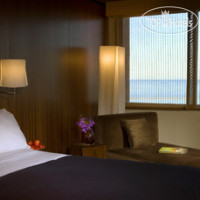 Фото отеля W Chicago Lakeshore 4*