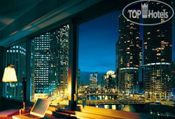 Wyndham Grand Chicago Riverfront 3*
